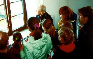 З кардыналам Казімірам Свёнткам з нагоды 71-й гадавіны яго святарства. Пінск, 2010 г.