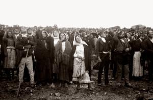 """Тысячи людей со всей Португалии видели """"танец солнца"""""""
