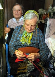 100-гадовая Геноэфа Гіляраўна  са сваім  анёлам-ахоўнікам – дачкою Люцыяй