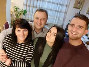 Виталий и Лилия Шимановичи с детьми – Олегом и Ангелиной