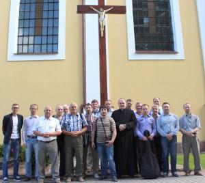Во время конференции для мужчин в костёле Воздвижения Святого Креста (Фарном) в г. Лида вместе с душпастырем движения кс. Виктором Ханько